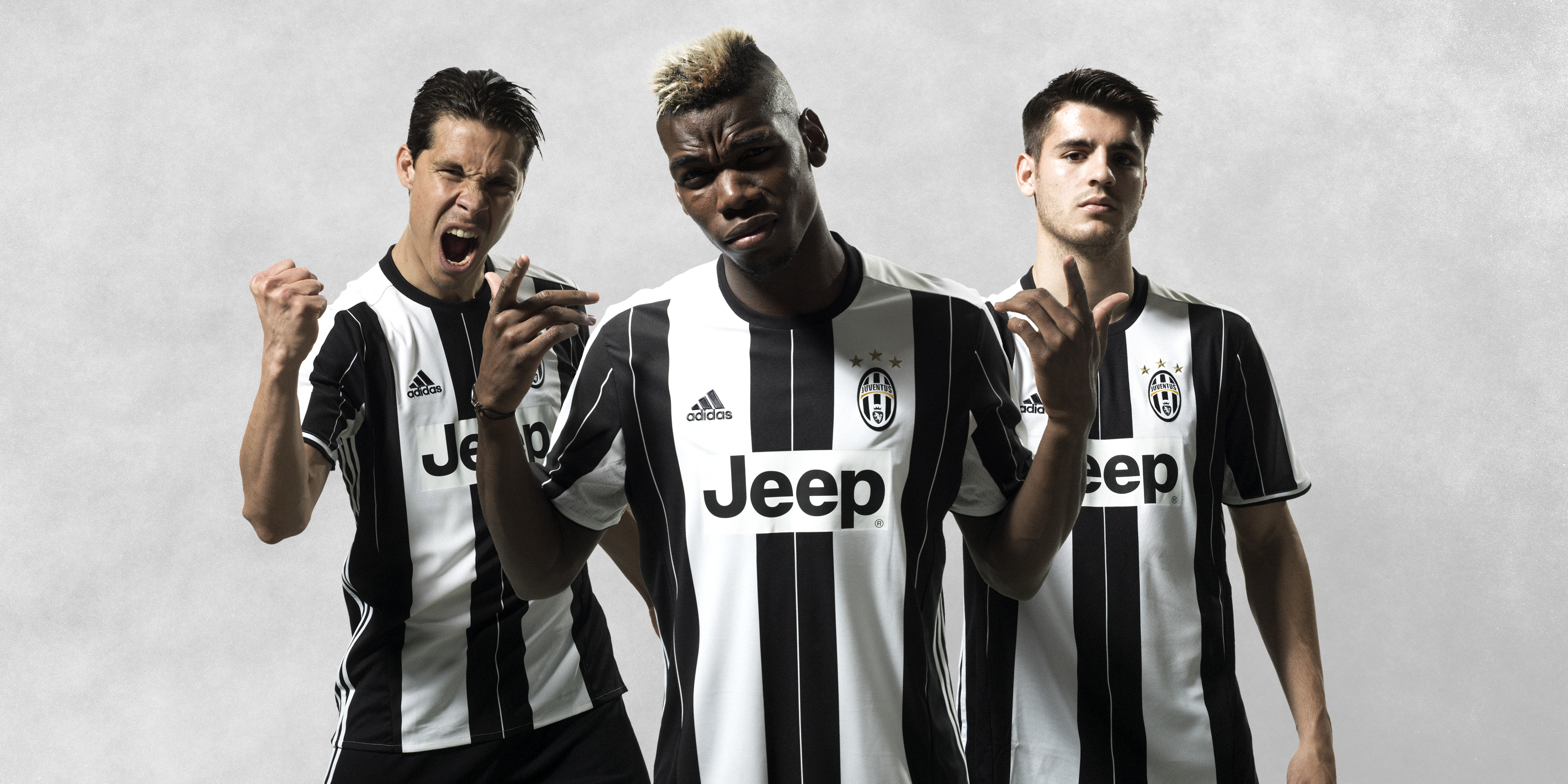 le maillot domicile de la juventus 2016 17 entre en sc ne maillots. Black Bedroom Furniture Sets. Home Design Ideas